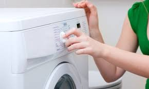 Lavagem e tratamento das roupas do utente